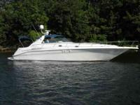 1997 Sea Ray 45 SUNDANCER This freshwater 1997 450 is