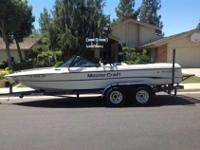 1995 Mastercraft Prostar 205, 20.5' Ski boat. It is