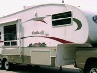 2006 Outback Sydney Edition 33' Fifth wheel for sale.