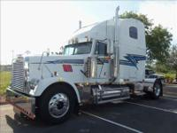 2000 Freightliner Classic Double Sleeper White with