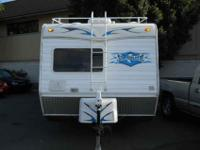 2007 WEEKEND WARRIOR SUPERLITE FK1900, White, 2007