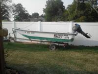 Call Boat Owner Vincent . Carolina Skiff J14 with