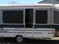 this camper is in good condition, sleeps 6,