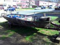Aluminium bass boat in good condition trailer so so.