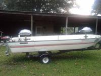 14 foot 1976 seacraft fiberglass and foam fishing boat