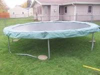 14 ft round trampoline for sale $125 obo. Call or text