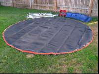 I'm selling a Real Nice 14' Round Trampoline with nice