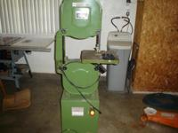 "central machinery 14"" wood band saw cuts up to 6"" 4"