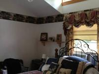 3 BR Duplex -- Naugatuck   Available September 15th -