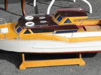 Up for sale is this remote control boat, it does need a