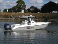 2009 Everglades Boats 290 CENTER CONSOLE *** THIS IS A