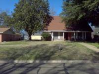 Craigslist  3 Lambeth Cir. $147,500.00  3
