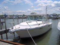 FRESH WATER USE ONLY!! GREAT LAKES BOAT!!! 1999 Tiara
