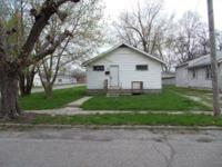 2257 Walton St. Anderson, IN. 3 bedroom 2 bath home in