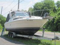 Great for fishing or just relaxing... Good on gas! 29'