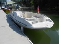 24' 1999 Sea Ray 240 Sundeck Boat $ 15,000.001999 Sea