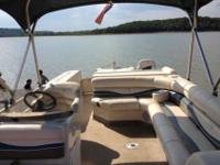 Awesome Bennington 2275 Sport/Fish Pontoon Boat (2005).