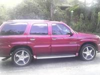 Beautiful Maroon 2004 cadillac escalade with only 69k