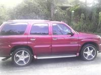 Beautiful Maroon 2004 cadillac escalade with only 73k