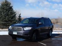 2008 Toyota Highlander in Excellent Condition | $15,700