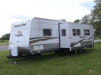 2010 Forest River Salem 30QBSS, 31ft travel trailer,