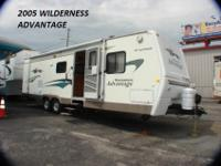 WILDERNESS ADVANTAGE TRAVEL TRAILERFULL KITCHEN FULL