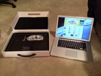 "This 15"" MacBook Pro is in excellent condition, looks"