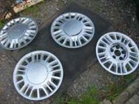 4 factory chevy wheel covers. Came off an 05 Malibu