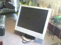 "HP 15"" FLAT SCREEN MONITOR LCD EMAIL CALL OR TEXT"
