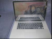 I AM SELLING MY MACBOOK PRO MID 2009. IT HAS A SMALL
