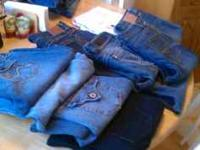 10 pairs of juniors/womens size 11 jeans! Also, 5 pairs