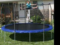 15' Round Trampoline with saftey net enclosure for sale