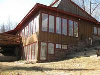 Beautiful lakeshore house on 300 feet of lake front and