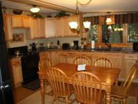 Holiday in this 900 sq ft newly renovated 3 BR lakeside