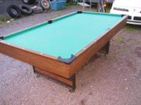 FREDERICK WILLYS 4' X 8' POOL TABLE V.G.C. WITH ACCES.