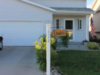 1900 sq ft home is close to grocery stores, main roads