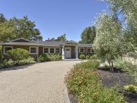 The perfect Wine Country Retreat! This beautiful