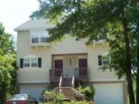 "Unit ""B"" - James Island Duplex 3 to 5 minutes from"