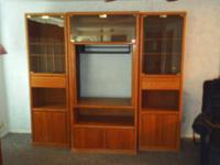 >>>>> REAL WOOD AND GLASS ENTERTAINMENT WALL UNIT FOR