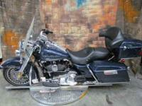 bFLHR Road King/bbrbrWith a combination of majestic