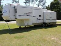 2004 Potomac 35 ft. Model # 5336RKLS In Pensacola, FL