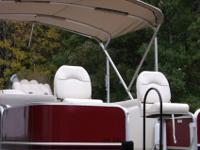 20 FT' Lowe Pontoon SS214 fishing Series- 4 fishing