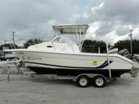 2001 Cobia 250 WALKAROUND 2001 Cobia 250 is a