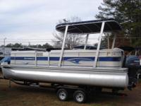 Very clean 2003 Harris 240 Classic pontoon boat for
