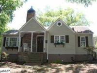Completely renovated 2BR/2BA cottage ready for you to