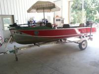 Nice fishing package, ready for the water. Motor runs