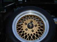I'm selling a nice set of porsche rims with good