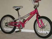 2009 16 inch Girl's Specialized Hot Rock. Excellent