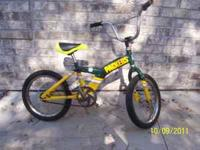 "For sale... 16"" Green Bay Packers NFL kids bike. This"