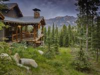 This exquisite home in Cowboy Heaven offers the most